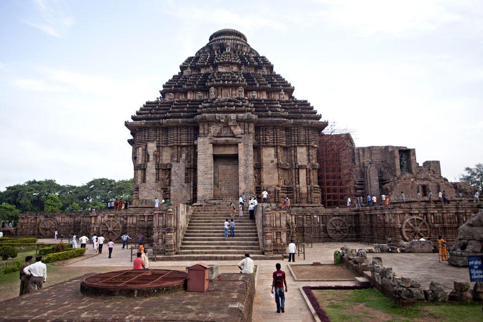 konark sun temple in odisha - Surya Gayatri Mantra article