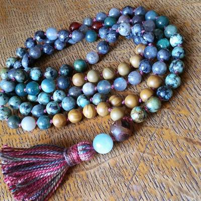 mala-beads-shreem-mantra