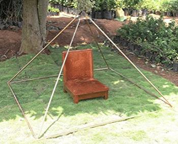 hutsteine meditation pyramid